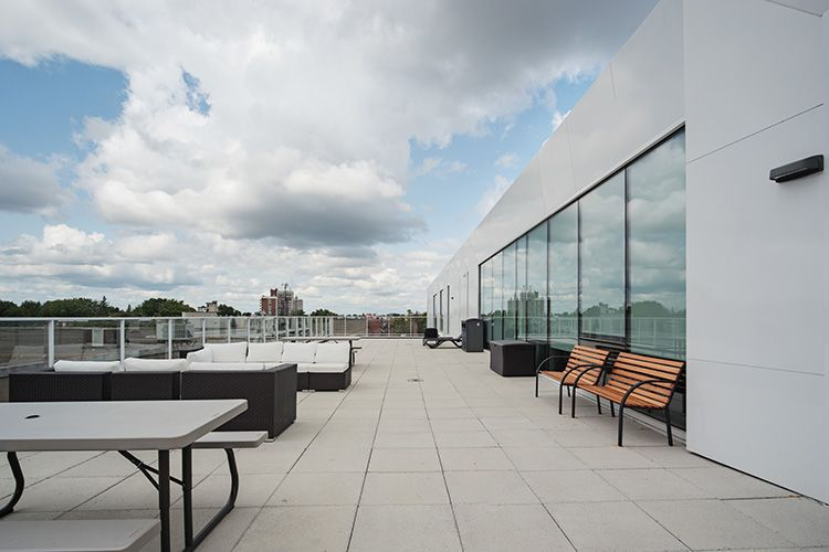 950 Beaumont rooftop terrace